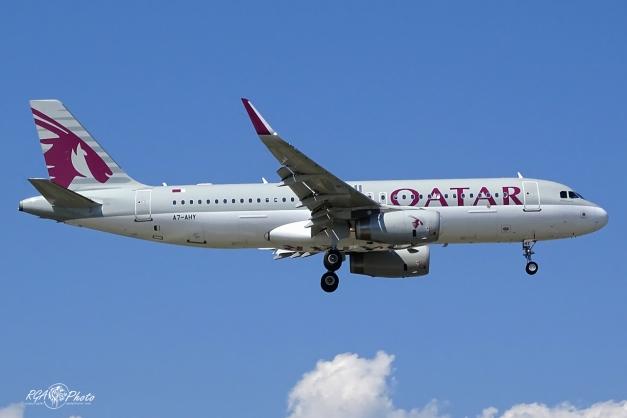 A320 Qatar Airways - Genève GVA/LSGG 30 Août 2015 - A7-AHY