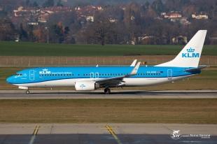 B737-800 (PH-BXW) - KLM - GVA/LSGG - 12 Décembre 2015