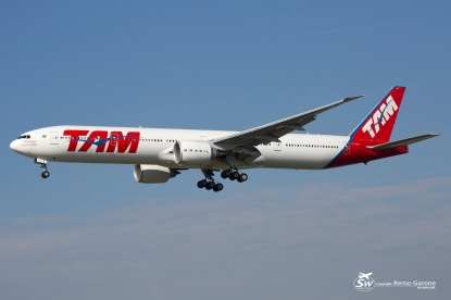 B777-32W/ER (PT-MUI) - TAM - FRA/EDDF - 3 Octobre 2015