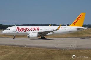 A320-214 (TC-DCD) - Pegasus Airlines - GVA/LSGG - 21 Juillet 2015