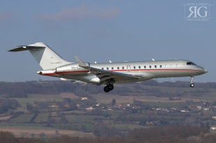 Bombardier BD700-1A10 Global 6000 (cn: 9711) - VistaJet - 9H-VJS - Grenoble (GNB/LFLS) 18.02.2017